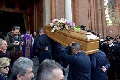 questura di caserta ufficio immigrazione si sono tenuti ieri i funerali sovraintendente di