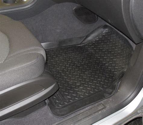 2012 Chevy Traverse Floor Mats by 2012 Chevrolet Traverse Floor Mats Husky Liners