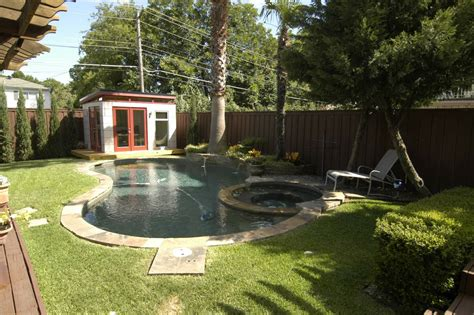 diy pool house storage building plans   easy
