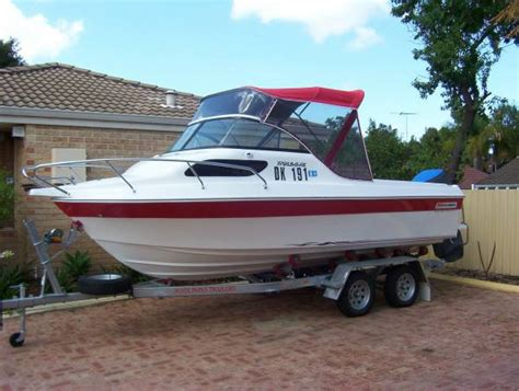 yalta boats for sale australia new yalta craft 2000 deluxe power boats boats online