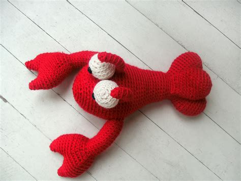 cute lobster pattern free pattern alert frankie the lobster freshstitches