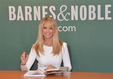 timeless 100 tips secrets and shortcuts to looking great books christie brinkley signs copies of timeless