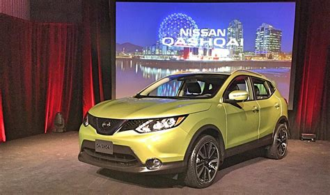 nissan canada nissan qashqai comes to canada in 2017