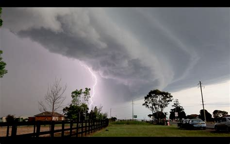 Shelf Cloud Sydney by Squall Line Through Sydney With Hail 13th October 2014 Storms