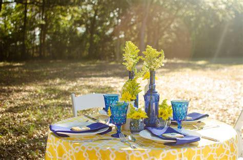cobalt blue and yellow tablescape pensacola wedding