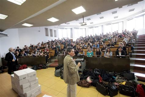 test ingresso bicocca statale e bicocca i cinquemila aspiranti medici ai test