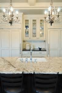 kitchen walls cream cabinets exciting