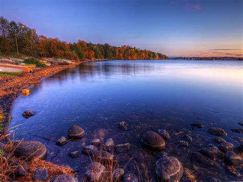 beautiful autumn wonderland lake beautiful scenery