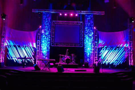 Decorating Ideas For Small Bedrooms Church Stage Design And Foam Letters On Pinterest Idolza