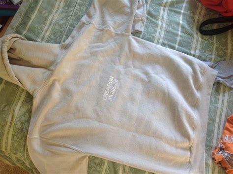 tutorial tas lipat tinggal lipat kamu bisa ubah hoodie jadi barang barang
