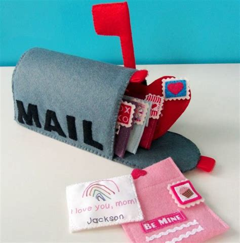 felt crafts felt craft projects 70 diy ideas made with felt craft