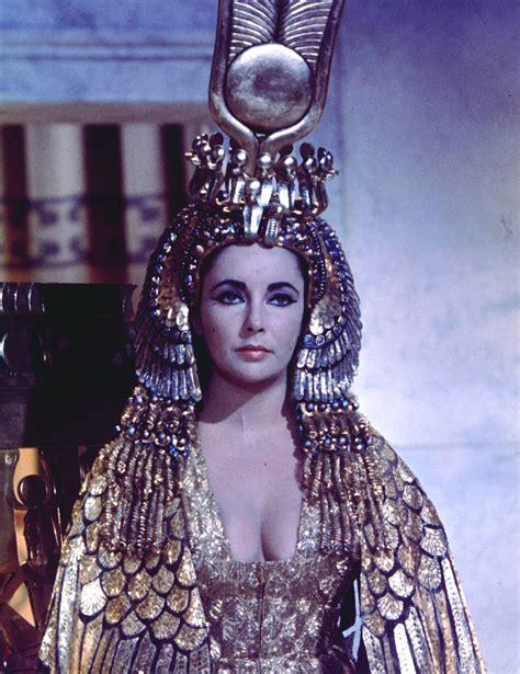 Cleopatra Set2 irene sharaff fashion history the list