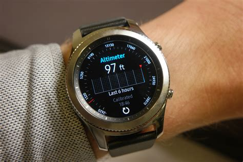 Samsung S3 Gear samsung gear s3 on a story of refinement