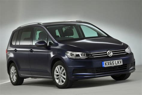 volkswagen touran review 2017 what car