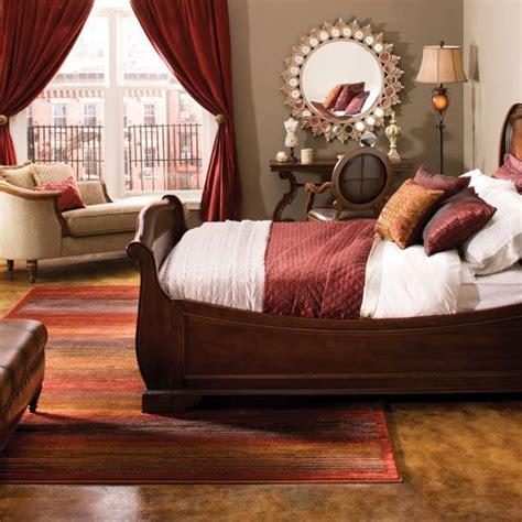 burgundy bedroom color schemes 17 best ideas about maroon bedroom on maroon