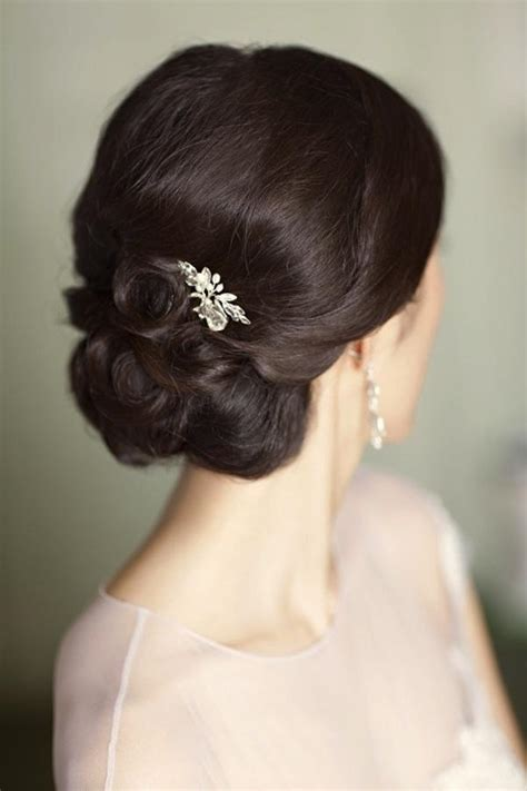 wedding hair inspiration tutorials the classic chignon