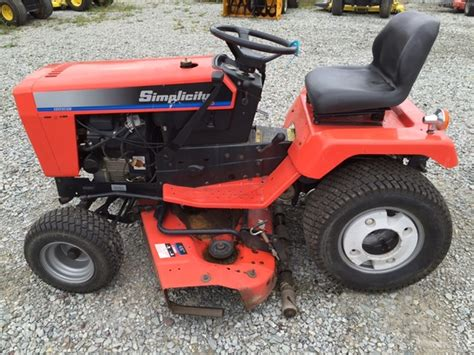 Simplicity Garden Tractors by Simplicity Sovereign 18h Lawn Garden Tractors