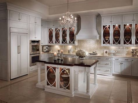 Cabinets In The Kitchen by Buying Off White Kitchen Cabinets For Your Cool Kitchen