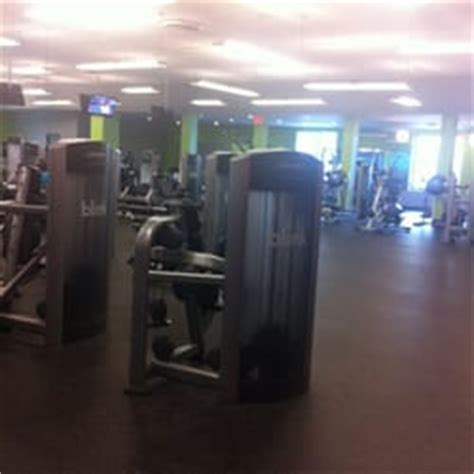 blink fitness 37 photos 36 reviews gyms 163 02