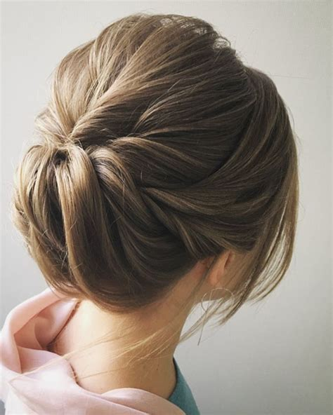 Simple Bun Hairstyles by Easy And Pretty Chignon Buns Hairstyles You Ll To Try