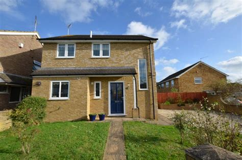 3 bedroom house for sale reading 3 bedroom detached house for sale in underwood road