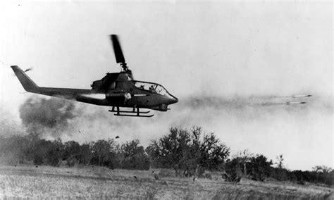 yoo ah in wiki tieng viet helicopter firing weapons ah 1 cobra in vietnam