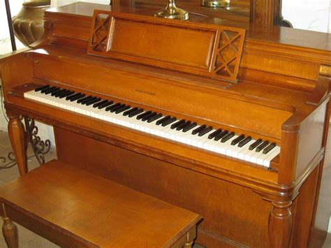 Tv In Dining Room by Classical Music Lesson At A Ranch Bad Pianos Can Make You