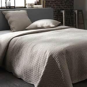 couvre lit boutis linge de lit kiabi 44 99