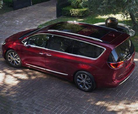 Chrysler Awd Minivan by Chrysler Awd Minivan Autos Post
