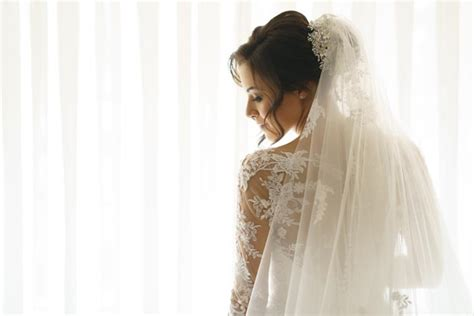 Hair And Makeup By Nahren | how to find your wedding veil modern wedding