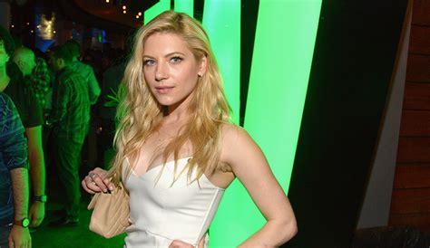 vikings season 3 spoilers plot news actress katheryn vikings season 5 spoilers who is lagertha s surprising