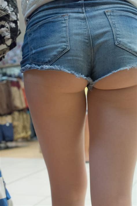 teen cut off denim shorts cute teen in short denim cutoffs with extreme close up shots