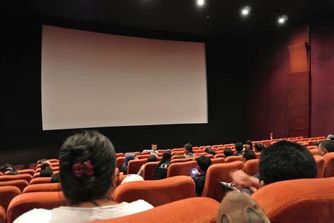 film mika di bioskop kejadian nyebelin saat nonton film di bioskop dagelan