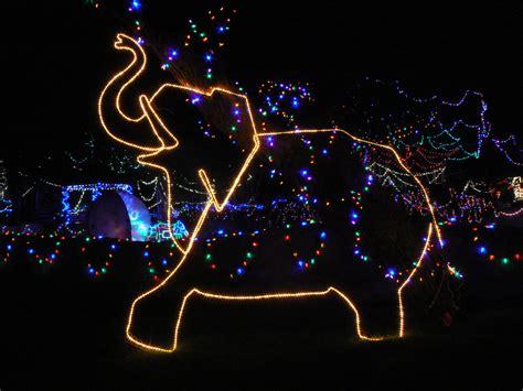 Tis The Season For Zoo Lights Reid Park Zoo Zoo Zoo Lights