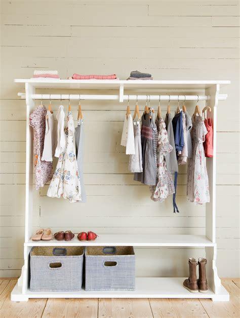 Bedroom Bureaus opsetims romy clothing rack