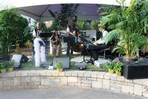 Big Backyard Wedding Erie Pa Venues To Rent 171 Safenet Erie Pa