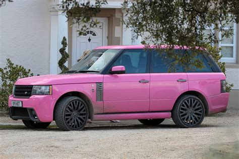 land rover pink who wants to buy katie price s pink range rover moejackson