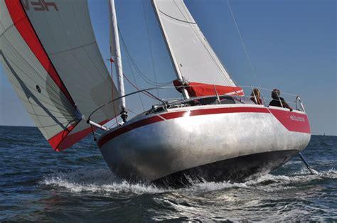 piccoli cabinati a vela a toda vela nuevos modelos de la gama 2013 solforo