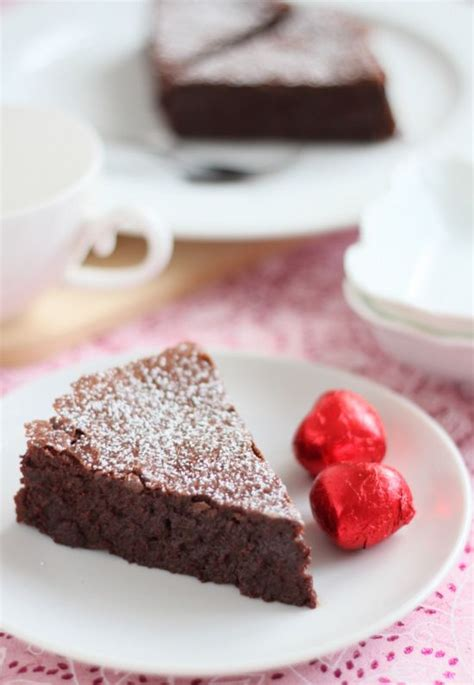 Flourless Chocolate Cake For Passover by 10 Best Images About Meals On Duff
