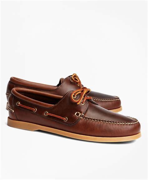 boat shoes japan men s leather tru moc boat shoes brooks brothers