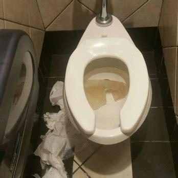 bathroom stall bj tgi fridays 448 photos 529 reviews american