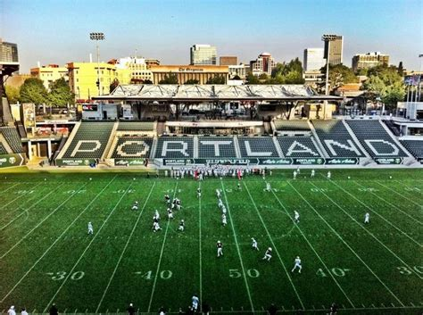 Of Oregon Mba Portland by 17 Best Images About Big Sky Football Stadiums On
