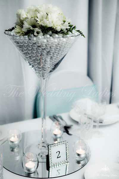 Martini Vase Wedding Centerpieces Best 25 Martini Glass Centerpiece Ideas On Pinterest