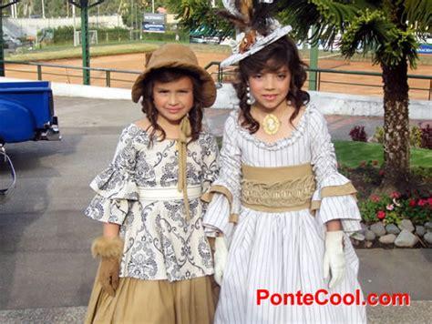 vestidos de la epoca colonial con material reciclable ambato tungurahua auto design tech