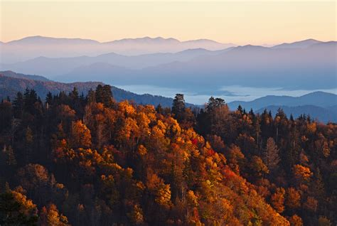 7 Bedroom Cabins In Pigeon Forge top 3 gatlinburg attractions to visit before the fall