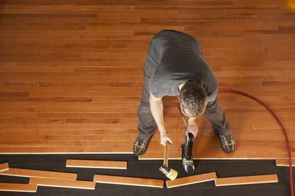 Flooring Installers Needed Hardwood Flooring Installation Tools Needed For Hardwood Flooring Installation