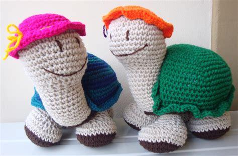 porta fan bebe tejido al crochet patrones amigurumi