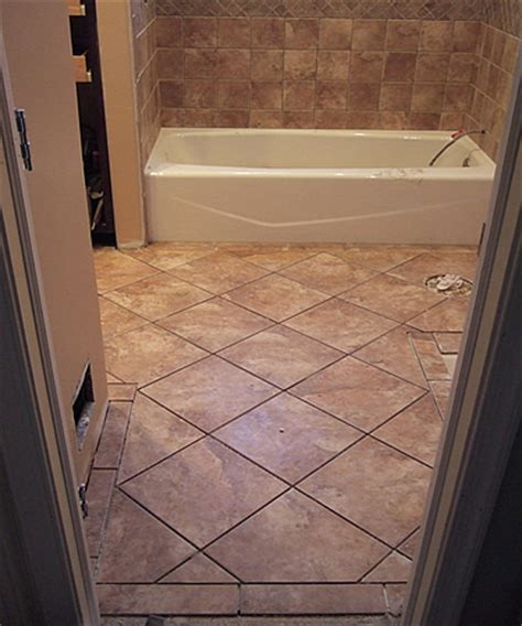 small bathroom flooring ideas 21 ceramic tile ideas for small bathrooms