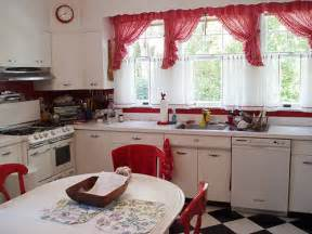 Red White Kitchen Ideas Brilliant Ideas To Build Red And White Kitchen 3410 Home
