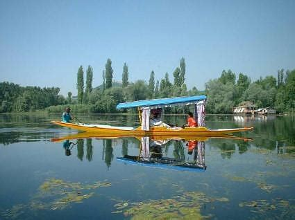 kashmir house boat erco travels india an unforgettable voyage of kashmir houseboat